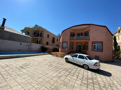 novxanida bag evleri